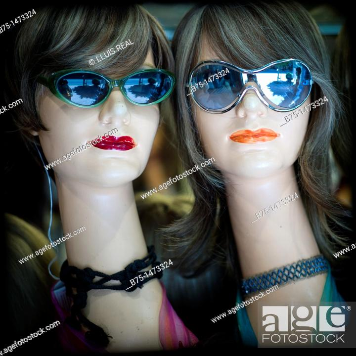 Stock Photo: Manniquins with sunglasses.