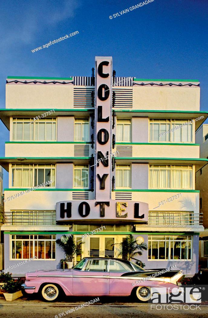 Stock Photo: Ocean Drive in the Art Deco district. Miami Beach, Florida. USA.
