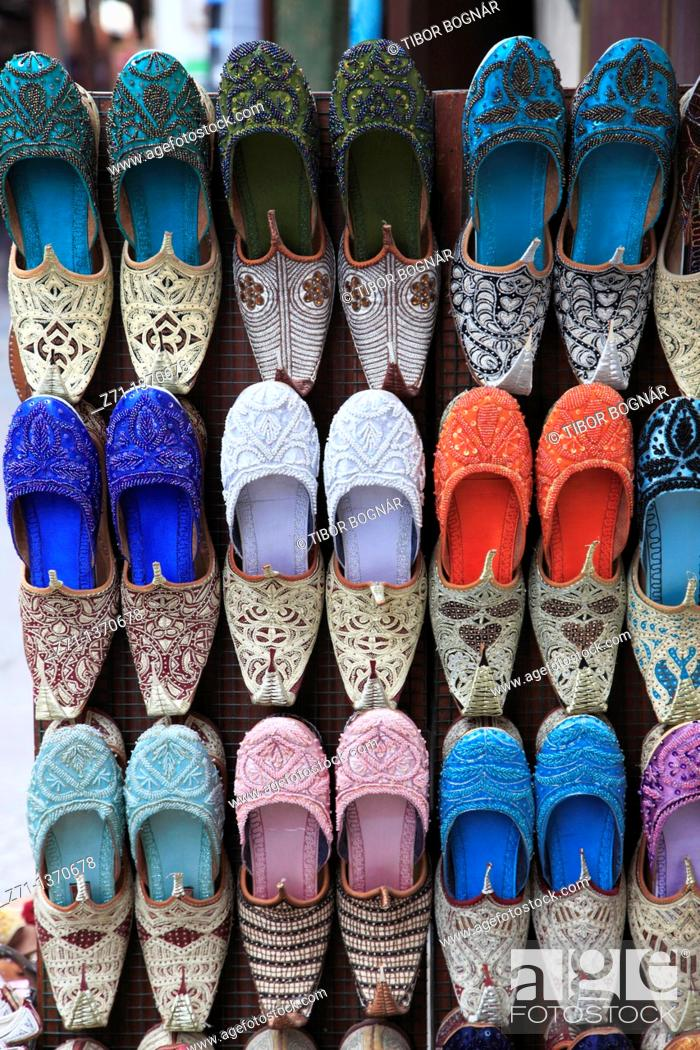 Stock Photo: United Arab Emirates, Dubai, Bur Dubai Souk, shoe shop,.