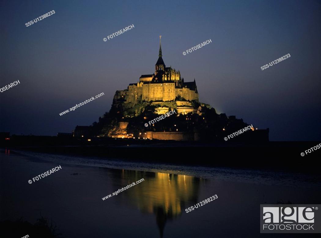 Stock Photo: Mont- Saint- Michel.