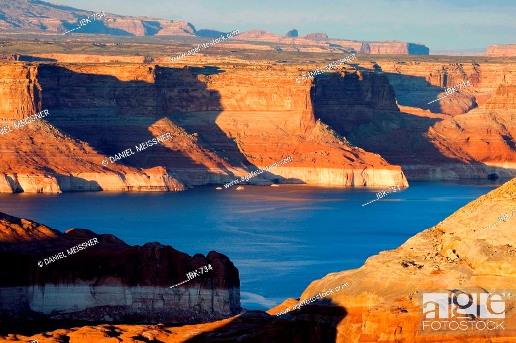 Stock Photo: Late afternoon at Lake Powell Glen Canyon National Recreation Area Utah USA.