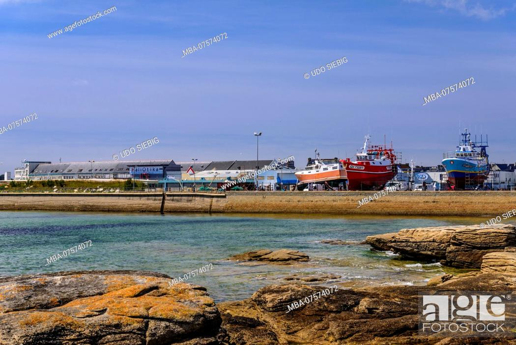Stock Photo: France, Brittany, Finistère Department, Le Guilvinec, fishing port, view from Léchiagat.
