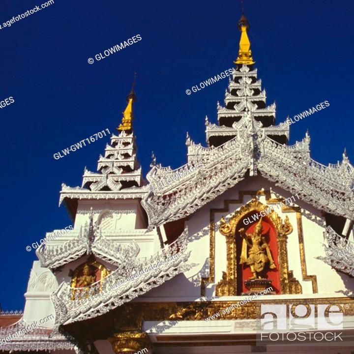 Stock Photo: Low angle view of a pagoda, Shwedagon Pagoda, Yangon, Myanmar.