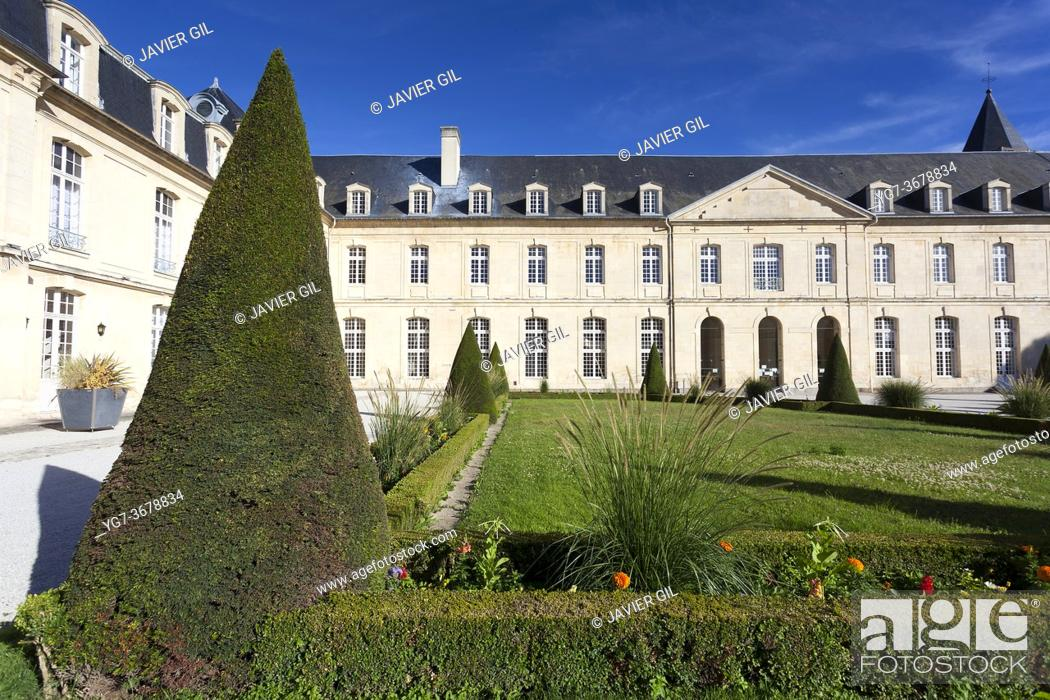 Stock Photo: Women's abbey, Caen, Normandy, France.