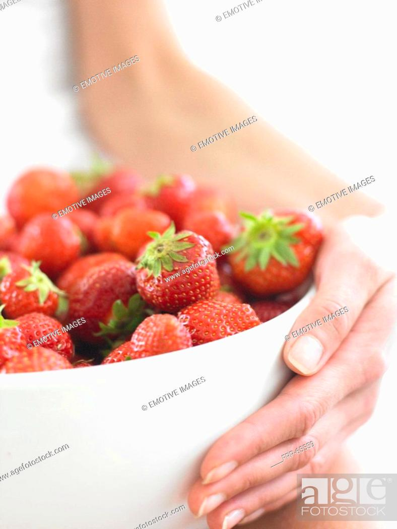 Stock Photo: Bowl with strawberries.