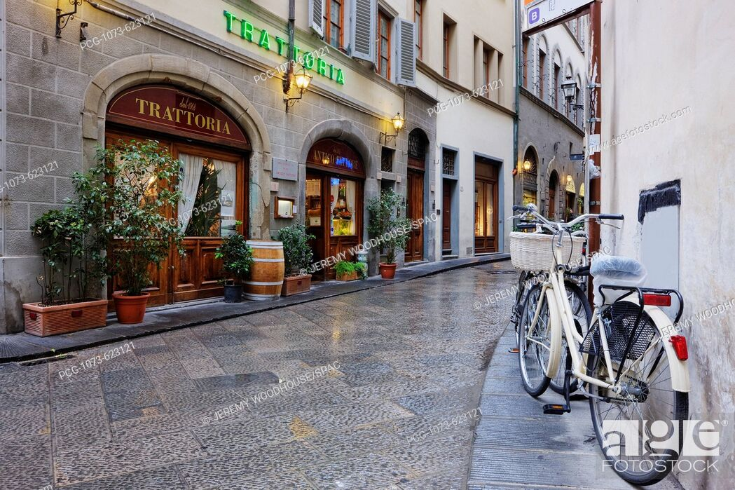 Stock Photo: Trattoria and Bicycle.