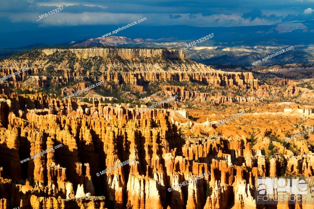 Stock Photo: Sunset Point in Bryce Canyon National Park.