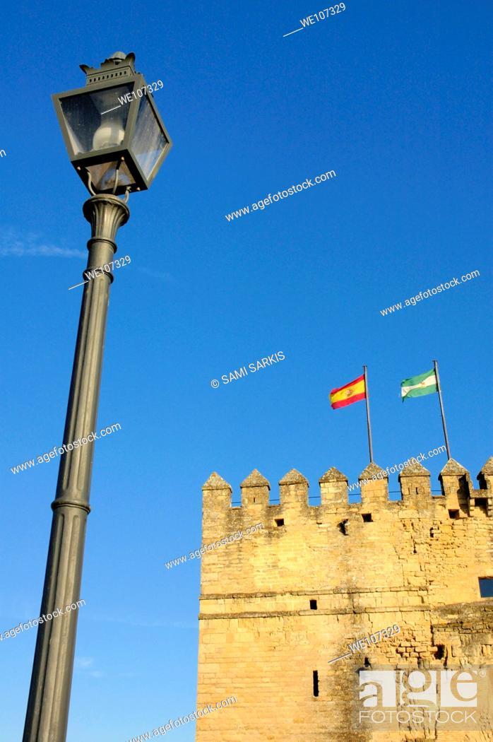 Stock Photo: Calahorra Tower, Cordoba, Andalusia, Spain.