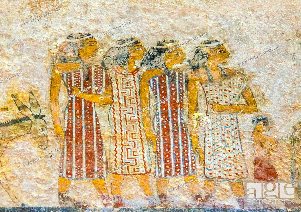 "Imagen: Middle Egypt, Beni Hasan, the tomb of Khnumhotep II dates from the Middle Kingdom and contains the famous scene called """"arrival of the Hyksos""""."
