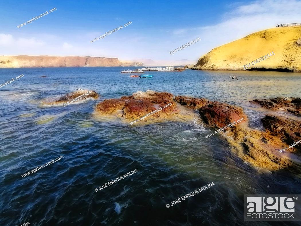 Stock Photo: National Reserve of Paracas, Ica department, Perú. South America.