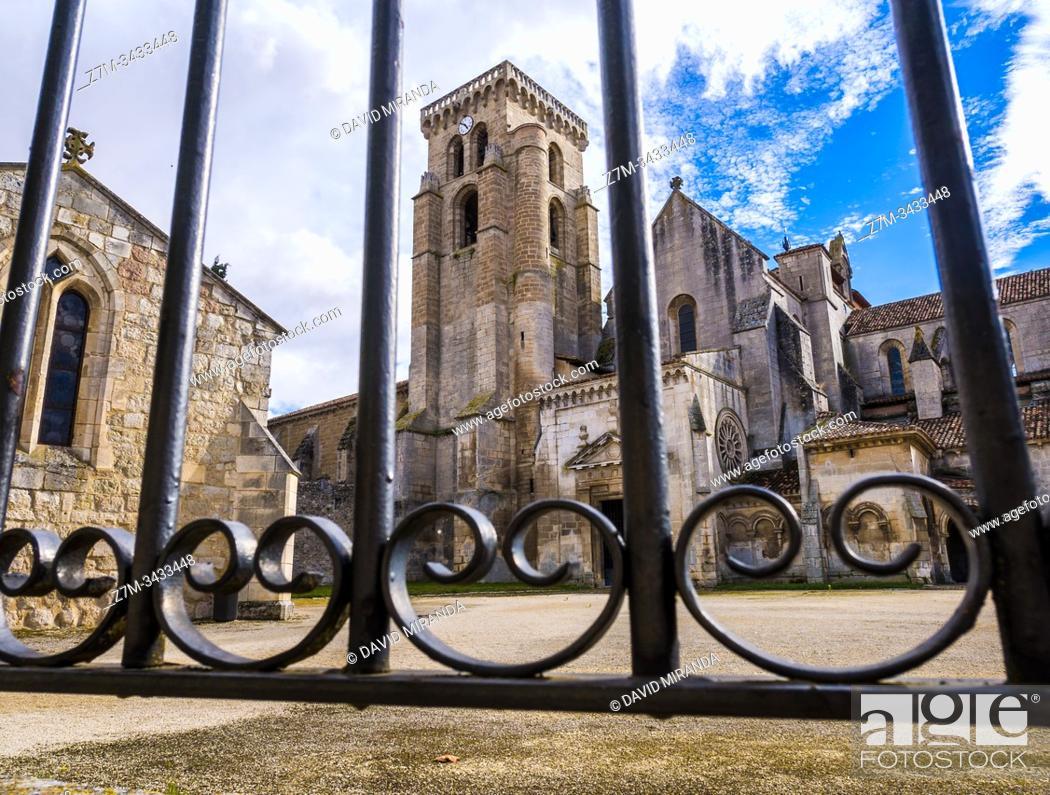 Stock Photo: Monasterio de Santa María la Real de las Huelgas. Burgos. Castilla León. España.