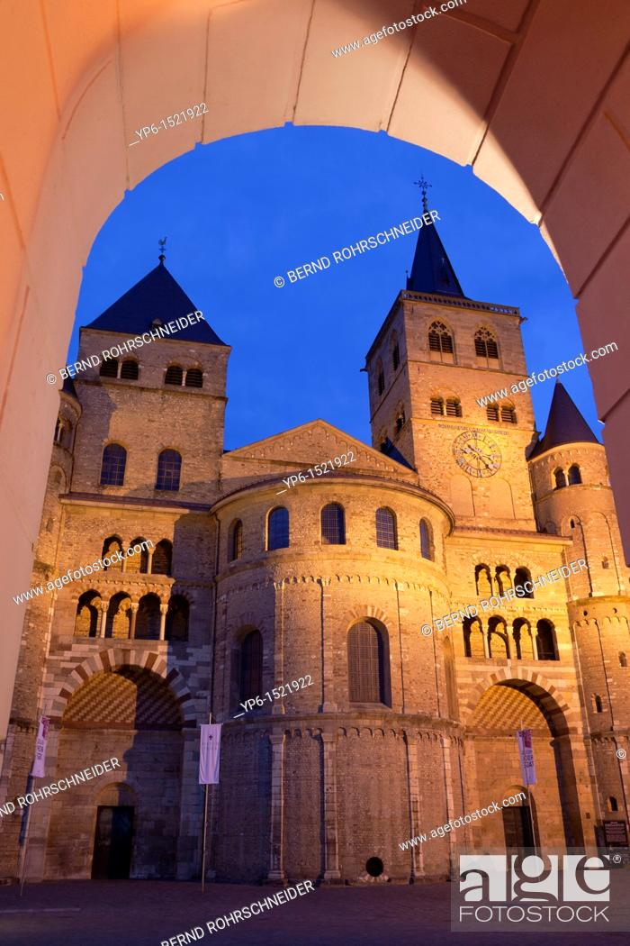 Stock Photo: Cathedral of Trier, World Heritage Site, illuminated at night, Trier, Germany.