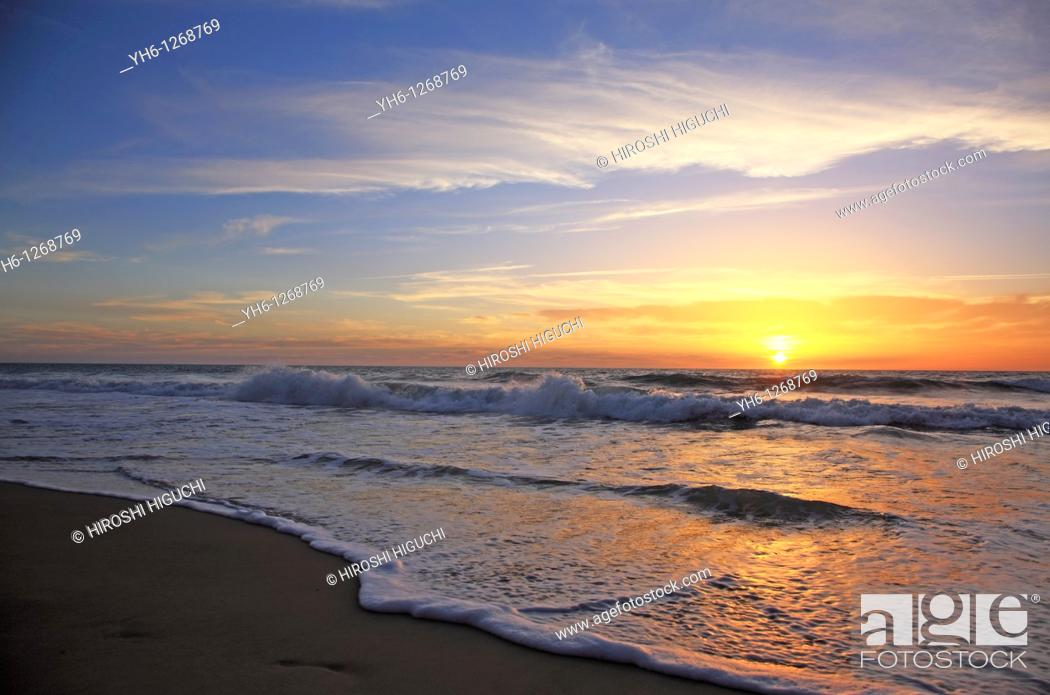 Stock Photo: France, Gironde, Montalivet-les-Bains, sunset at Atlantic Ocean.