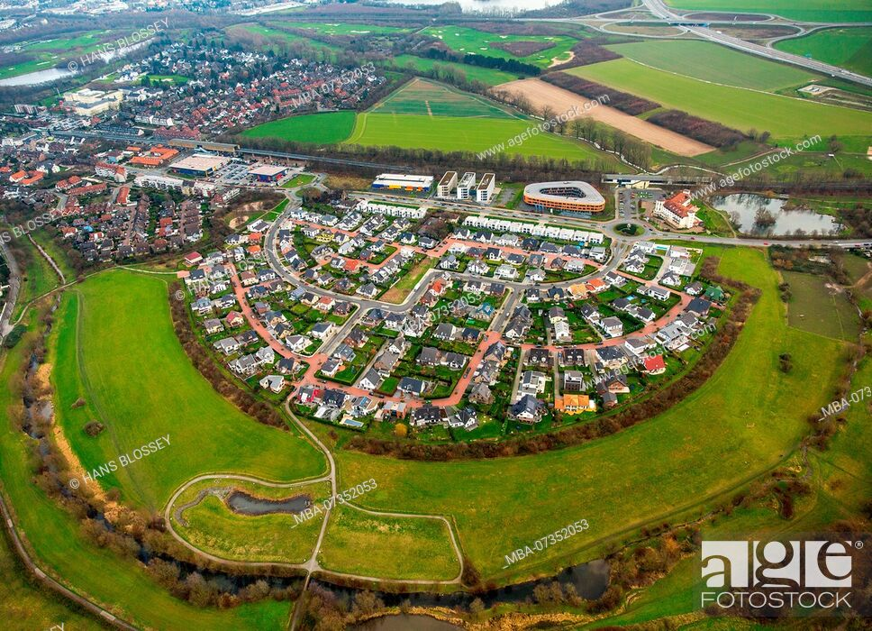 Stock Photo: Angerbogen I Huckingen, settlement in arch shape, close to nature, new development area Angerbogen near S-Bahnhof Kesselberg, Duisburg, Ruhr area.