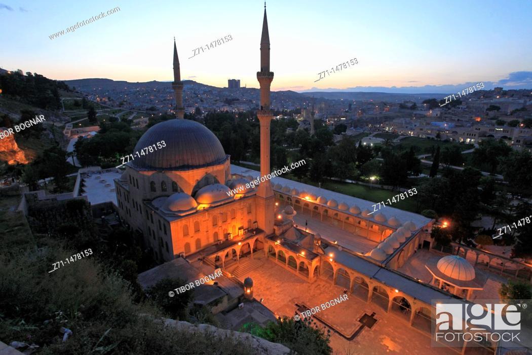 Stock Photo: Turkey, Sanliurfa, Dergah, Mevlid-i Halil Mosque,.
