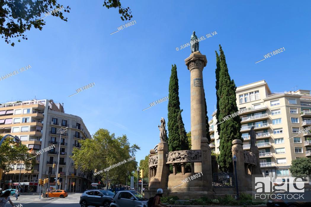 Stock Photo: Praça de Mossèn Jacint Verdager, Barcelona, Catalunya, Spain.