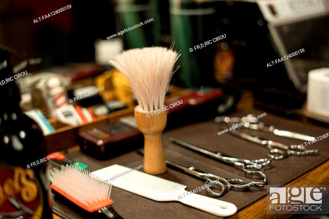 Photo de stock: Hairdressing tools arranged on table.