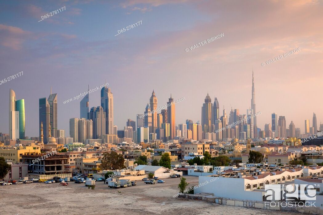 Stock Photo: UAE, Dubai, Jumeira, skyscrapers along Sheikh Zayed Road, skyline from Jumeira, dusk.