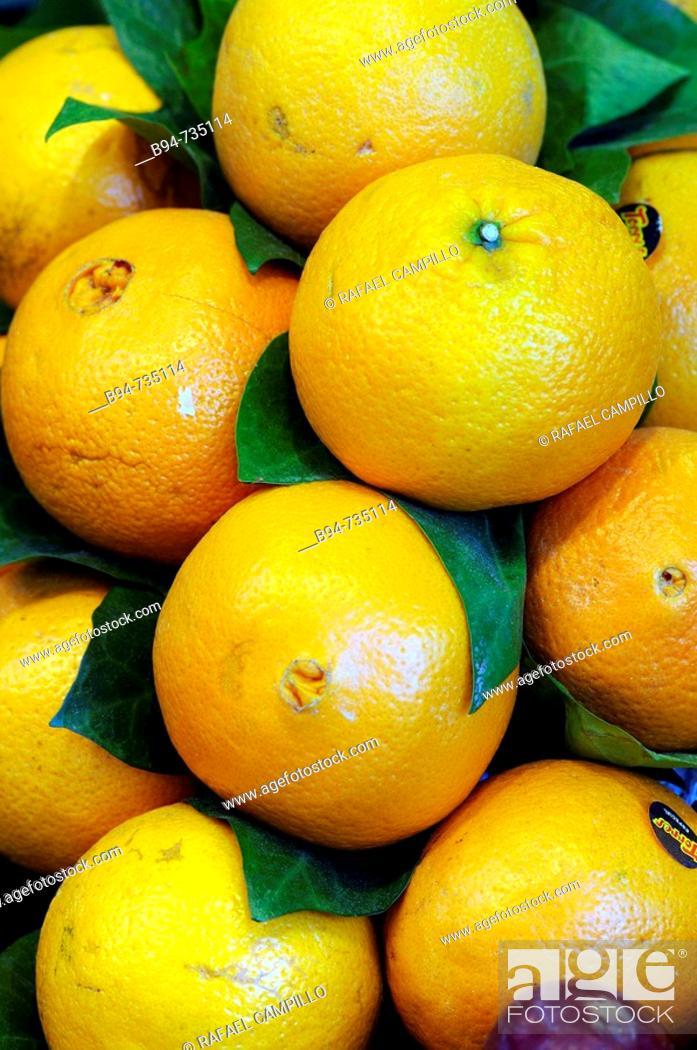 Stock Photo: Oranges at La Boqueria market, Barcelona. Catalonia, Spain.