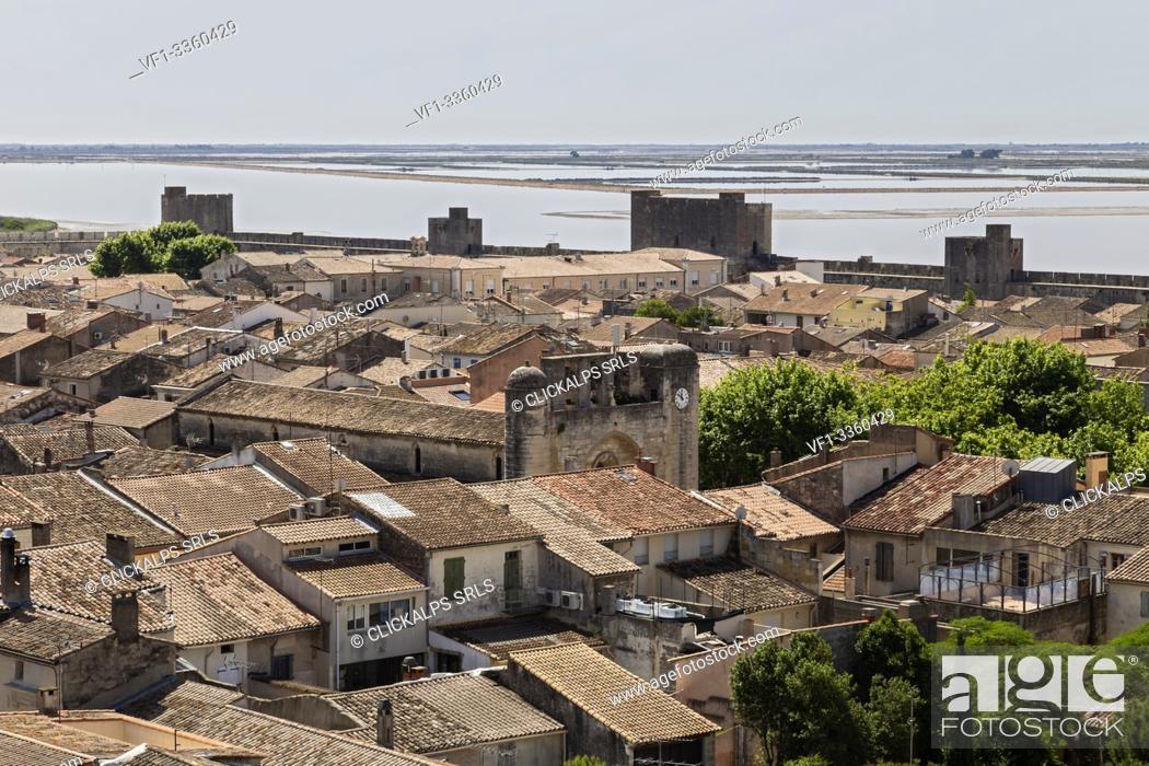 Stock Photo: Aigues Mortes, Camargue, Provence, France, Europe. Aigues Mortes village.