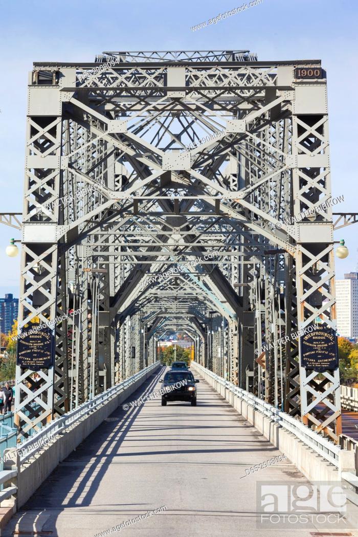 Imagen: Canada, Ontario, Ottowa, capital of Canada, Alexandria Bridge.