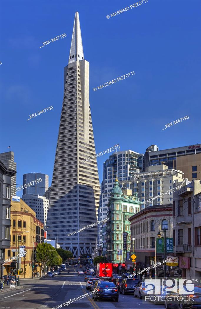 Stock Photo: Financial district and Transamerica Pyramid in San Francisco, California, USA.