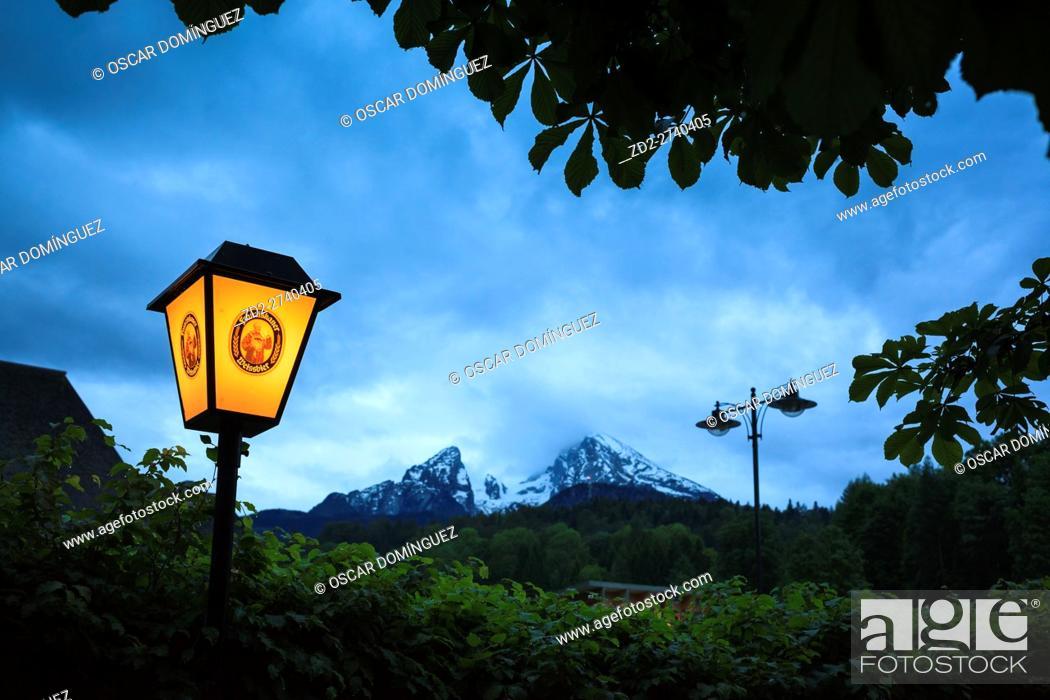 Imagen: Watzmann peak from Berchtesgaden. Upper Bavaria. Germany.