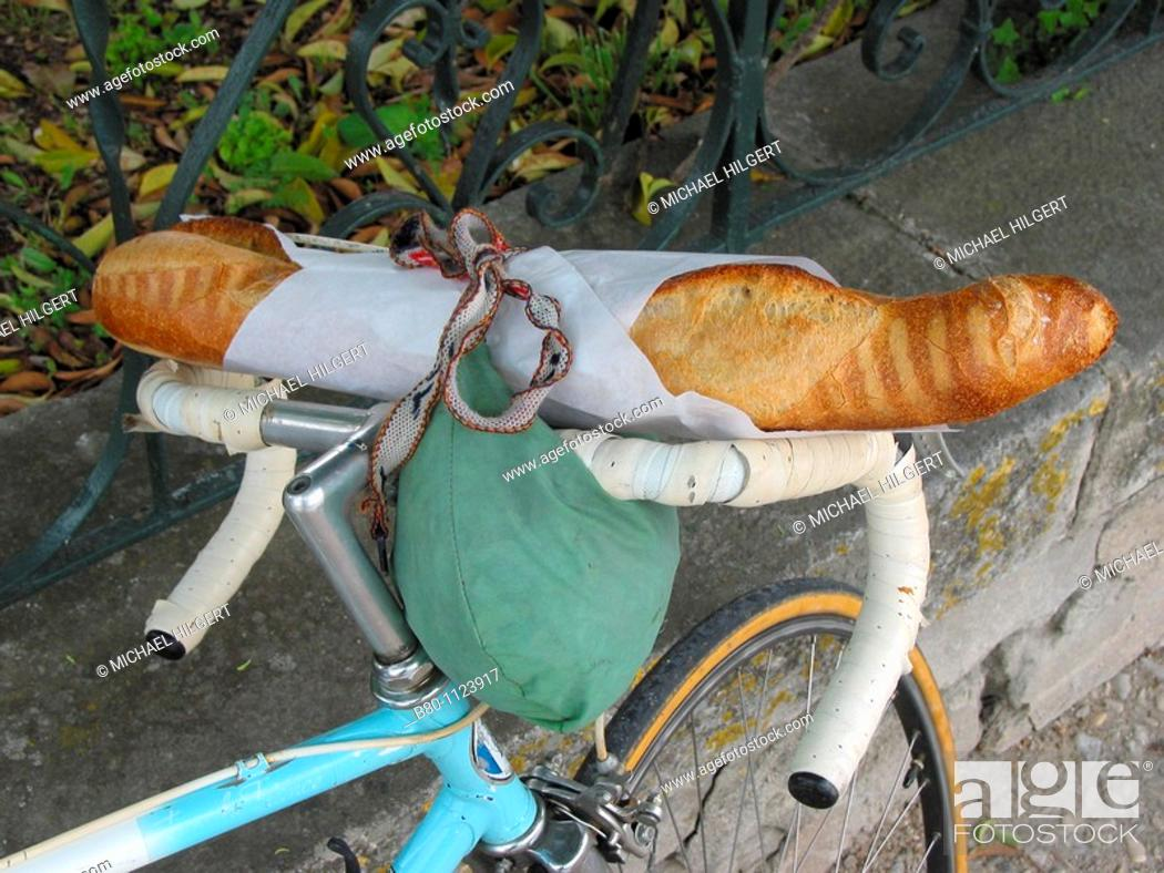 Stock Photo: Baguette, racing bike, Pernes-les-Fontaines, France.