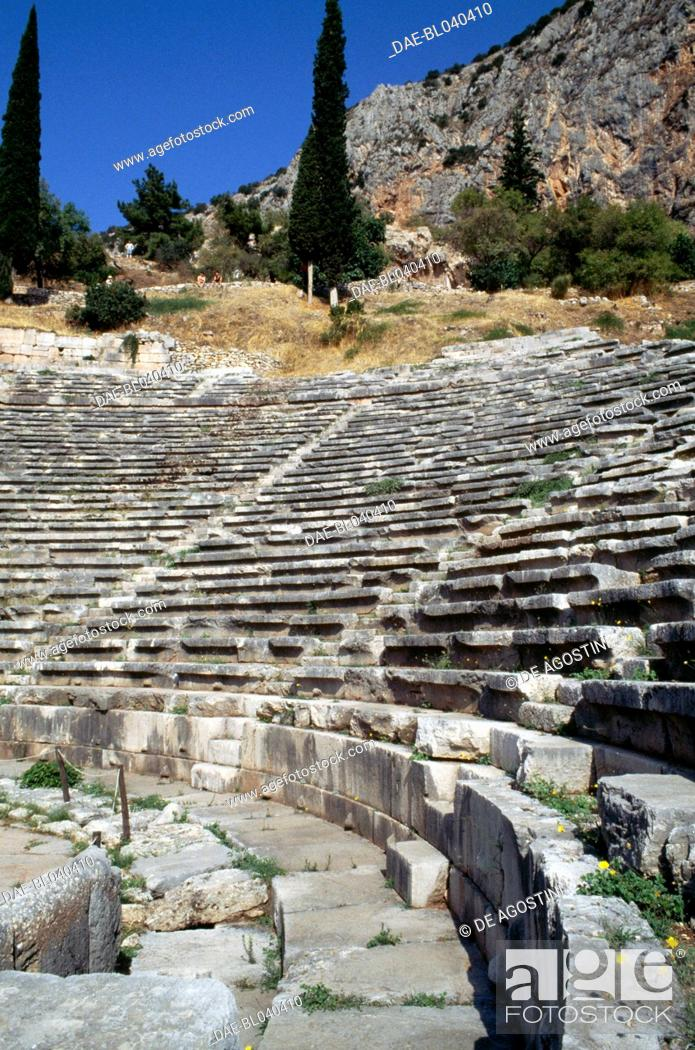 Imagen: Theatre of Delphi (UNESCO World Heritage List, 1987), Greece. Greek and Roman civilisations, 4th-2nd century BC.