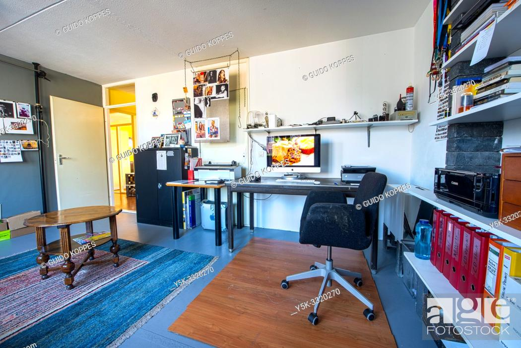Photo de stock: Tilburg, Netherlands. Interior of a SME's Photographers Studio and Workplace at home, from where he conducts his enterprise activities.