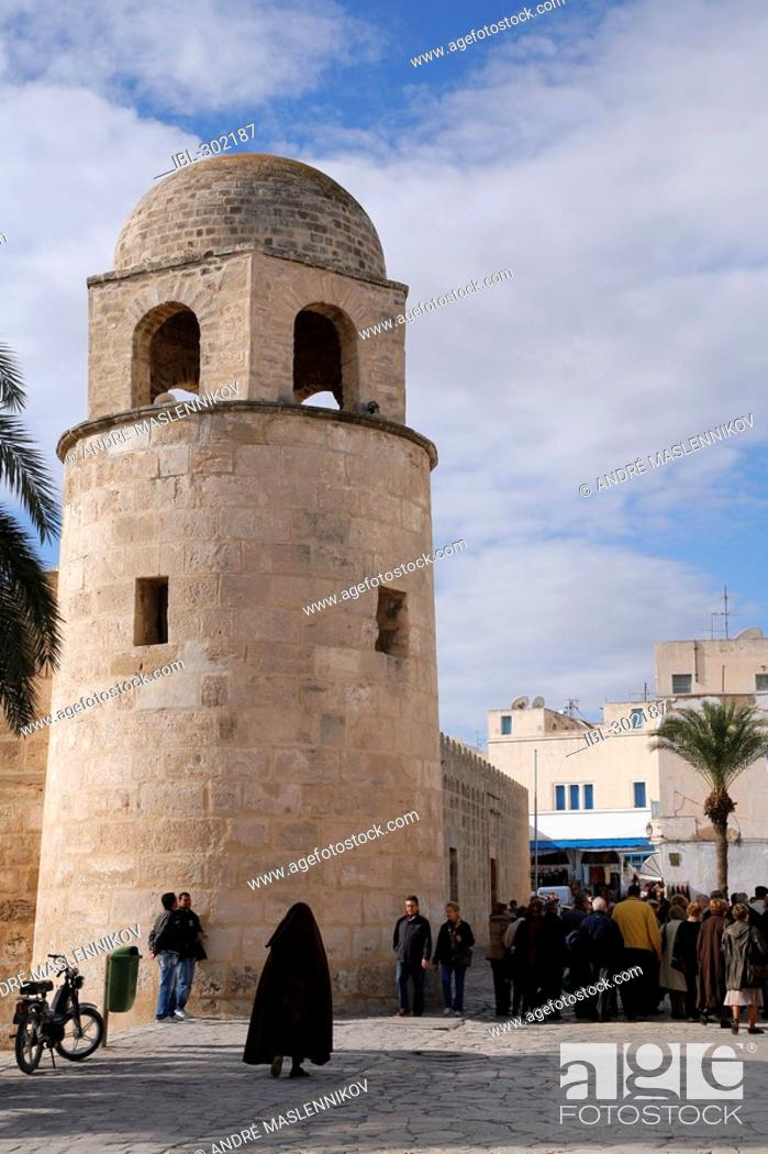 Stock Photo: The great mosque in the medina of Sousse, Tunisia. It the most famous and wellknown ribat in Tunisia. It was built 851 AD.