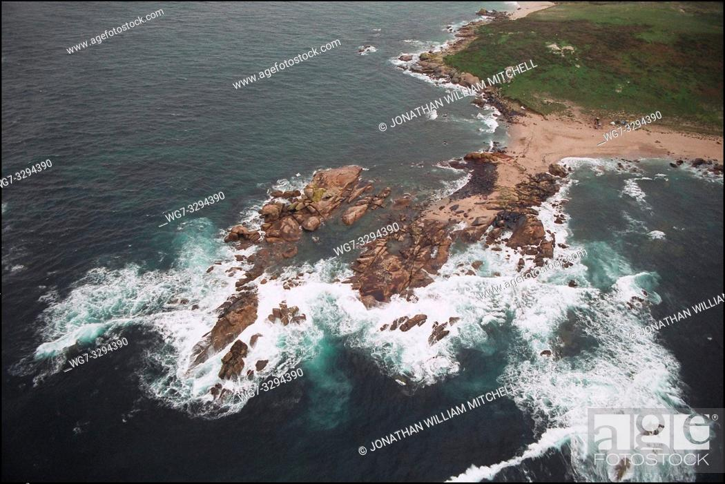 Stock Photo: SPAIN Illa Salvora (Salvora Island) -- 15/12/2002 -- Aerial view of polluted coastline of Salvora Island off the Galician coast.
