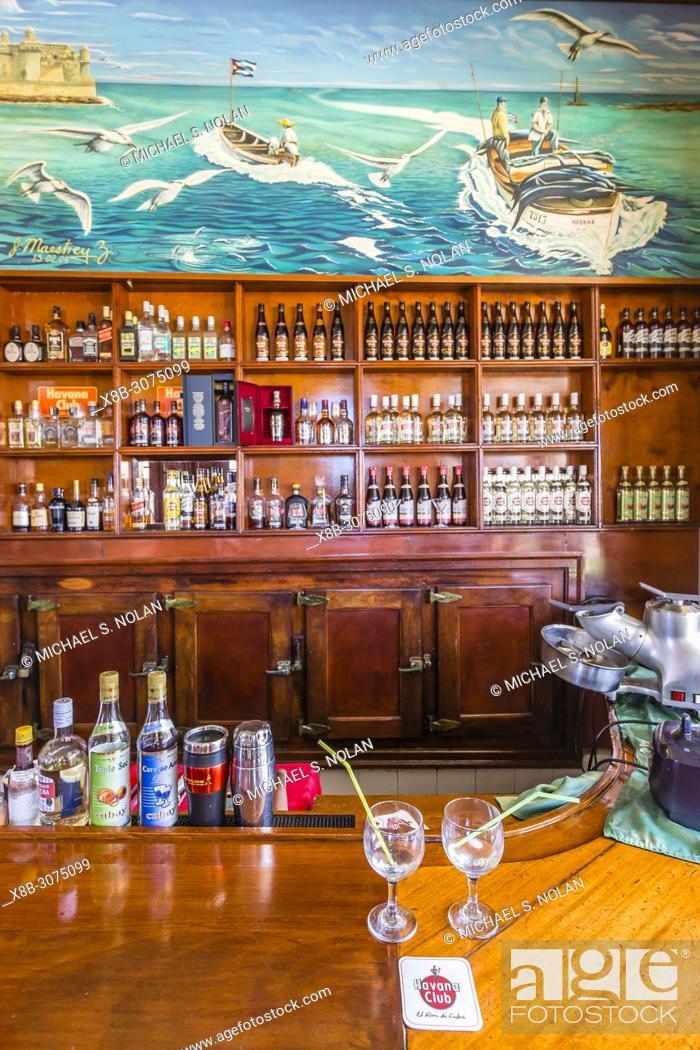 La Terraza Bar In Cojimar Stock Photos And Images Agefotostock