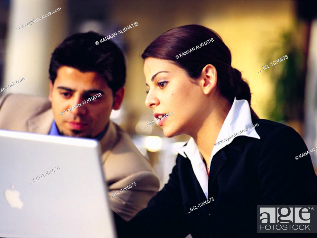 Stock Photo: Meeting of Arab businesspeople.