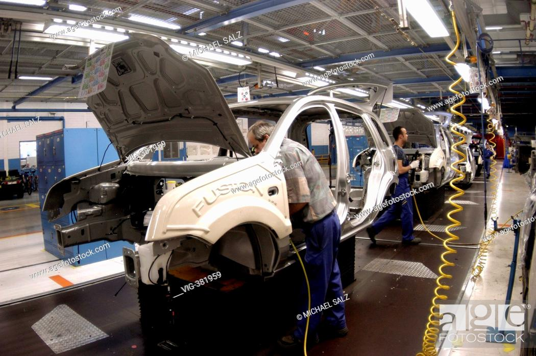 Ford The Works >> Production Of Ford Fiesta And Ford Fusion In The Ford Car