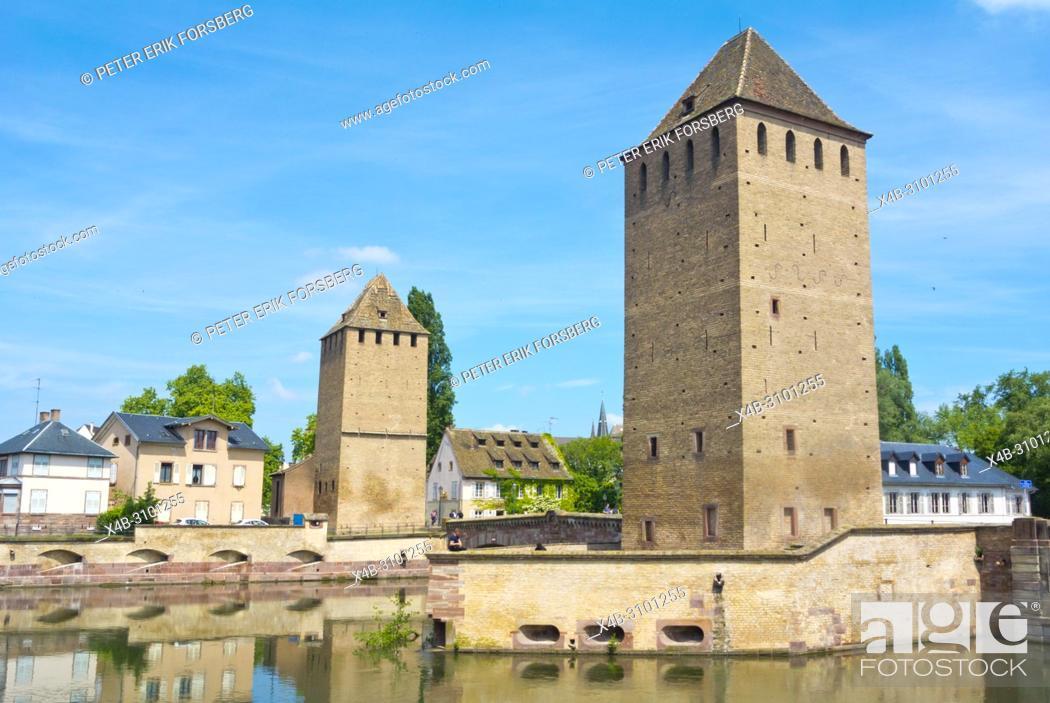 Imagen: Ponts Couverts, La Petite France, Strasbourg, Alsace, France.