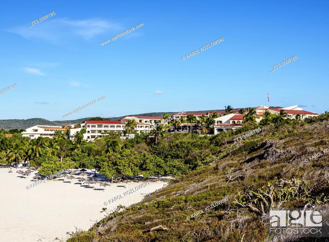 Imagen: Playa Esmeralda, elevated view, Holguin Province, Cuba.