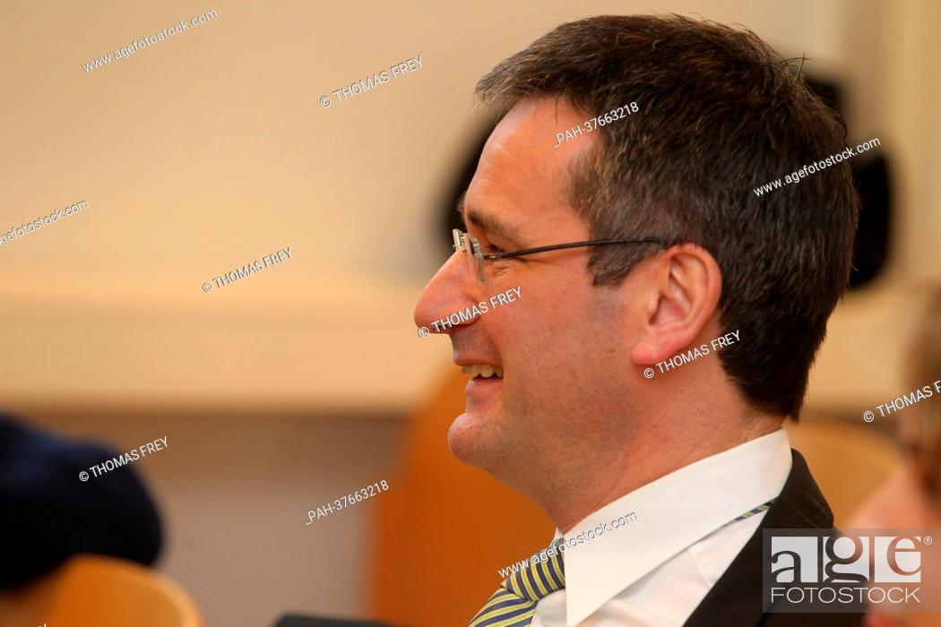 Stock Photo: The former Minister of Economy of Rhineland-Palatinate and present parliamentary party leader of the SPD Regional Assembly Group, Hendrik Hering (FRONT-R).
