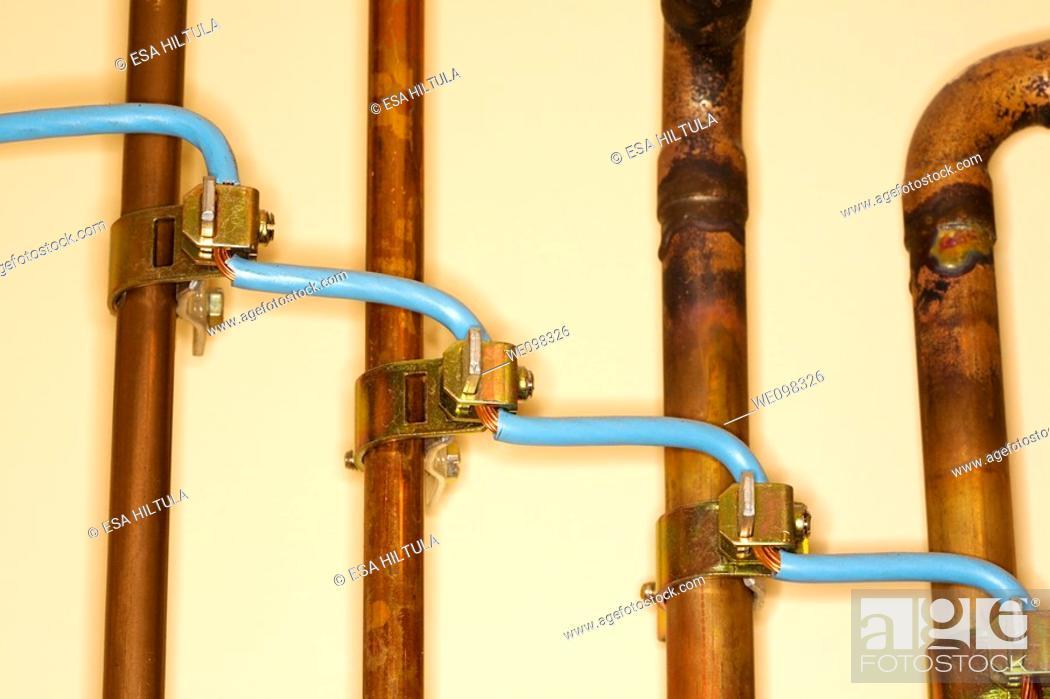 Stock Photo: Earth wire.