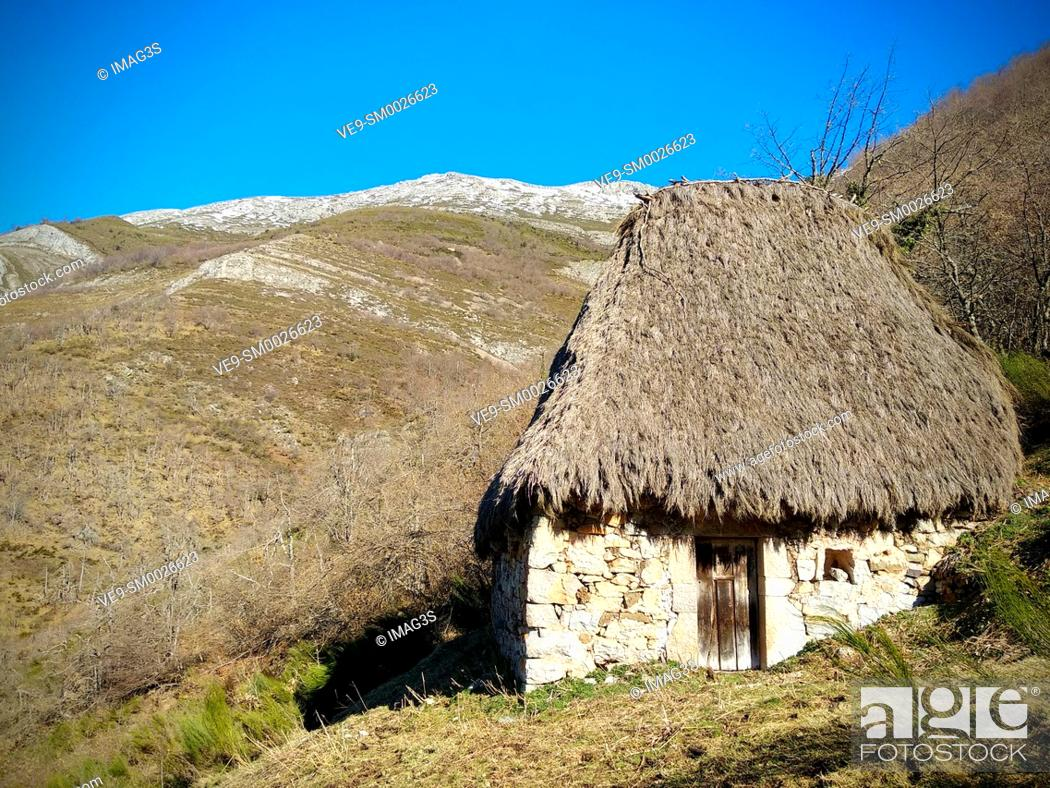 Stock Photo: Teito (typical hut) in Veigas Village, Somiedo Natural Park and Biosphere Reserve, Asturias, Spain.