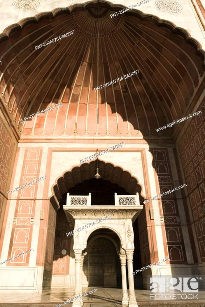 Stock Photo: Low angle view of the entrance of a mosque, Jama Masjid, New Delhi, India.