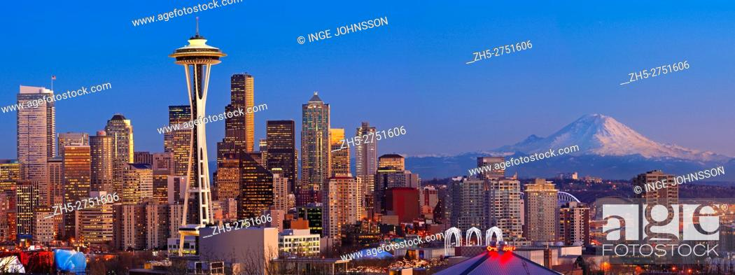 Stock Photo: Seattle from Kerry Park in winter.