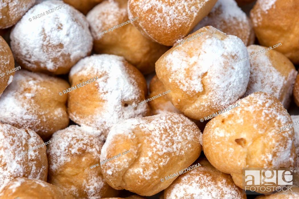 Imagen: Czech homemade sweet doughnuts.