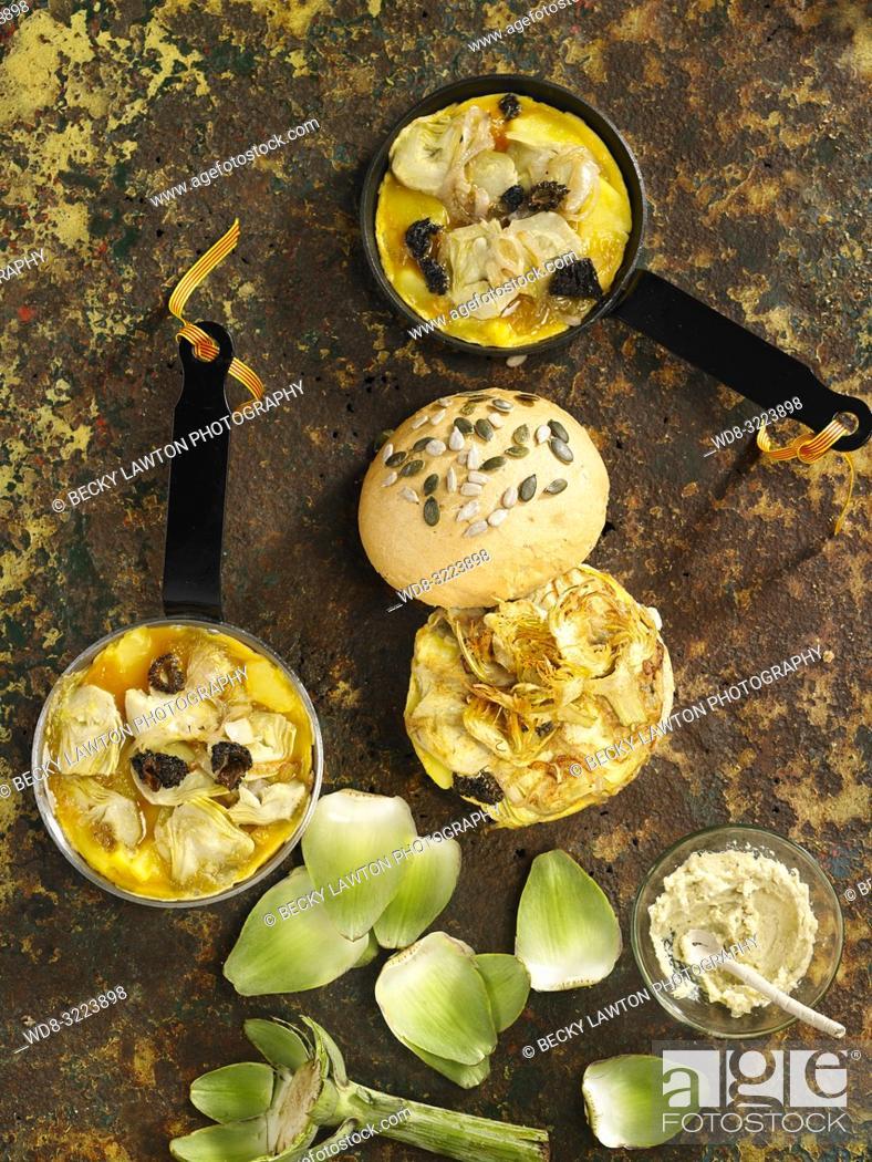 Imagen: tortillas con alcachofas y lazo catalan / tortillas with artichokes and catalan bow.