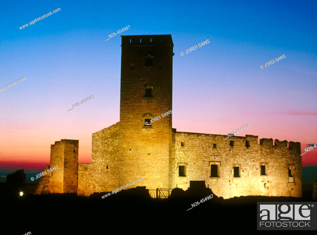 Stock Photo: Ciutadilla castle, XIth, renewed in XVIth century. Ciutadilla. L'Urgell. Lleida province. Catalunya. Spain.