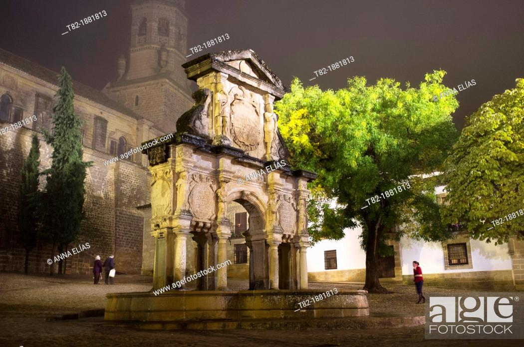 Stock Photo: Cathedral with the plaza and fountain in Santa Maria, monumental area of Baeza, Jaen, Andalucia, Spain, auropa,.