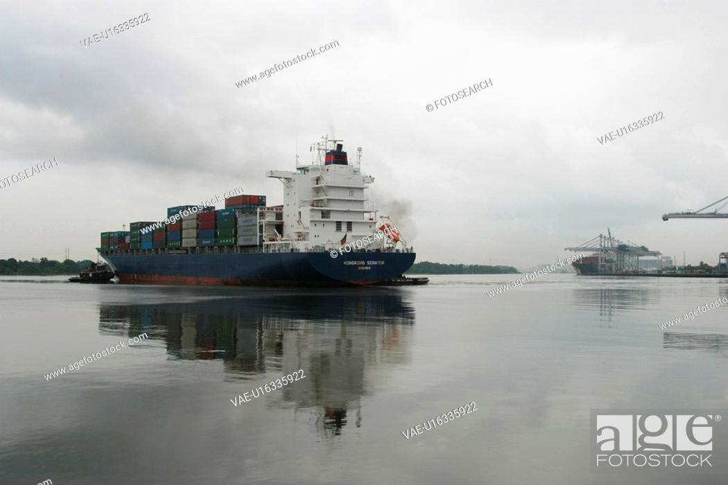 Stock Photo: water, ship, transporter, industry, goods, containers.