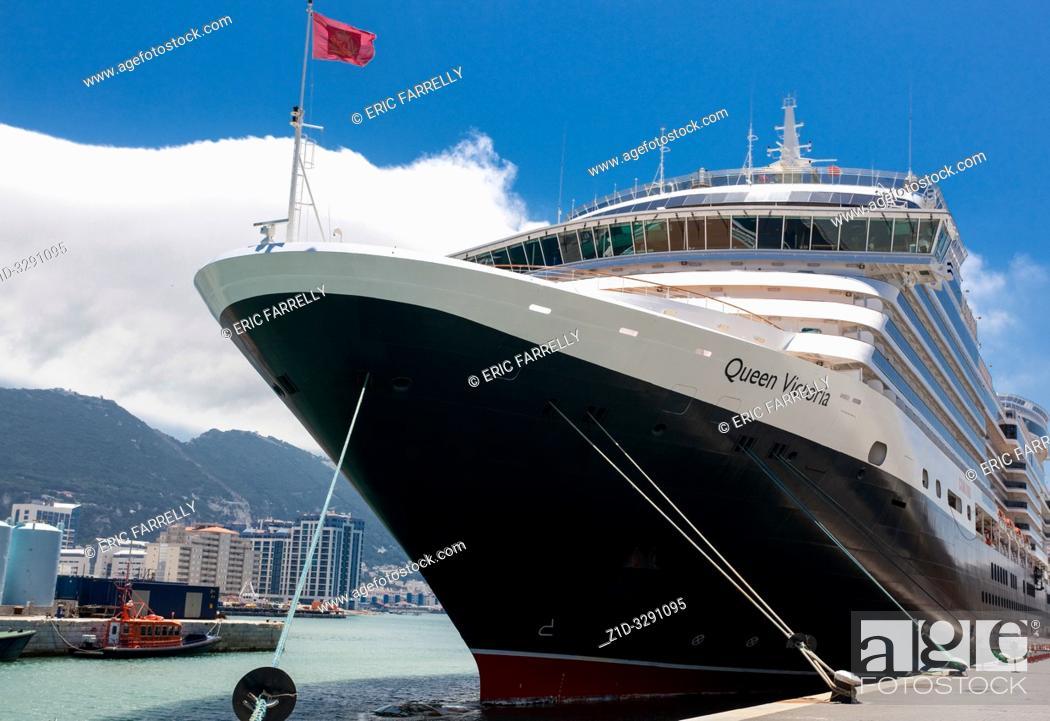 """Imagen: Cunard's """"Queen Victoria"""" alongside Gibraltar Harbour Quay."""