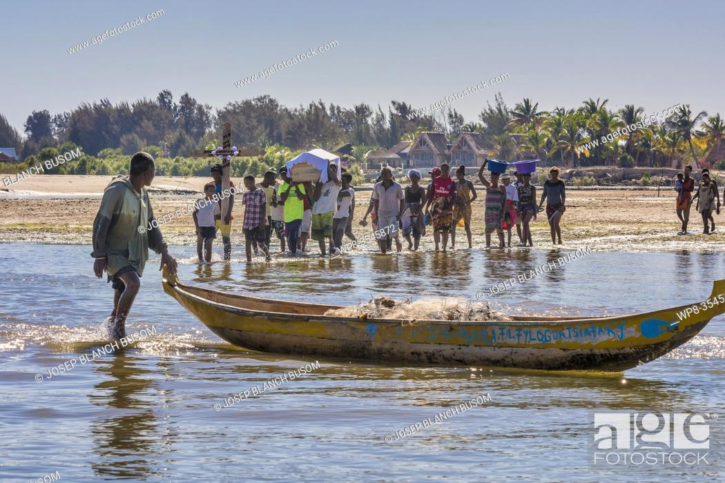 Stock Photo: Morondava. Burial, on the way to the cemetery in the town Betania.