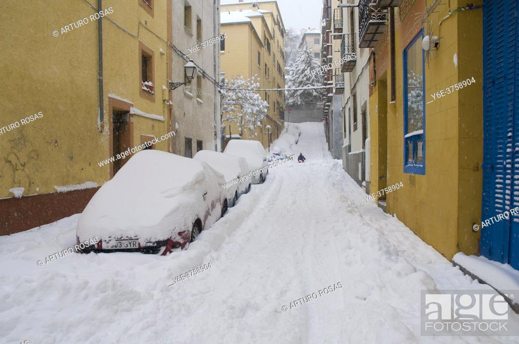 Stock Photo: Snow day in San Lorenzo de El Escorial, Madrid.